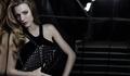 Блейк в рекламе сумок Chanel Mademoiselle.