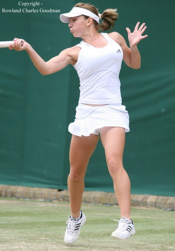 Simona Halep breast 2007