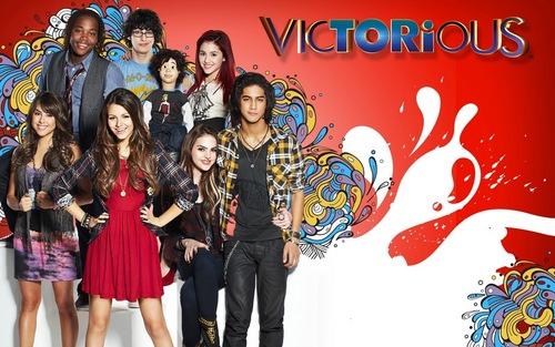 ভিক্টোরিয়াস Cast