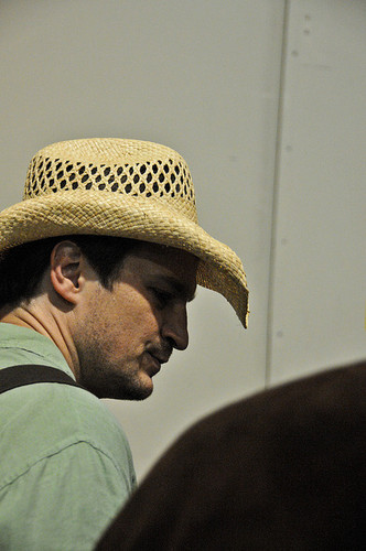 Nathan Fillion fond d'écran with a snap brim hat, a boater, and a campaign hat entitled nathan fillion