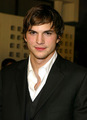 2010 - ashton-kutcher photo