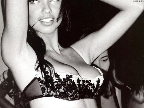 Adriana Lima wallpaper with attractiveness, a brassiere, and a lingerie called AL <3