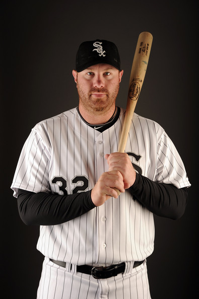 Adam-Dunn-2011-Photo-Day-CWS-baseball-20119421-395-594.jpg