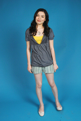 Miranda Cosgrove wallpaper possibly with a playsuit, a chemise, and hot pants entitled Alan David Photoshoot