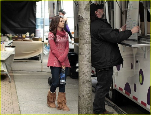 "Ashley on set ""Hellcats"""