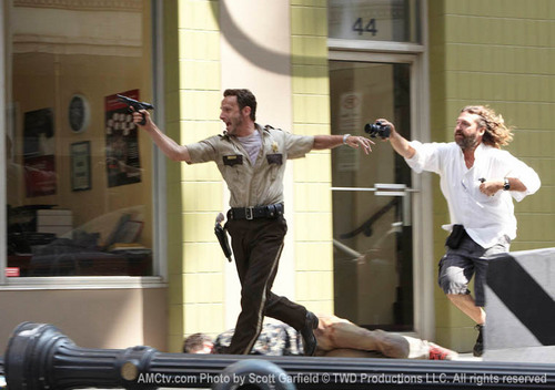 Behind the scene the walking dead S1