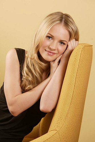 The Secret Circle (TV Show) wallpaper probably with skin and a portrait entitled Britt Robertson as Cassie