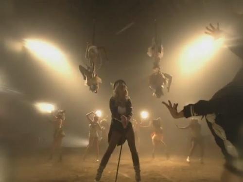 Circus [Music Video] - britney-spears Screencap