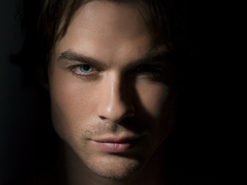 Damon Salvatore wallpaper containing a portrait called Damon Salvatore ✯