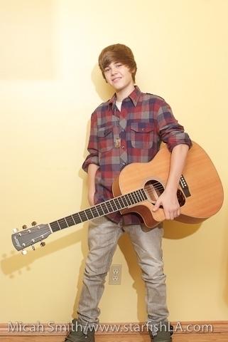 JB WITH A gitara