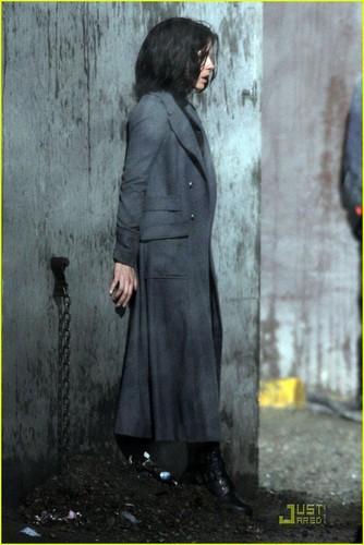 "Kate on set ""Underworld 4: New Dawn"""