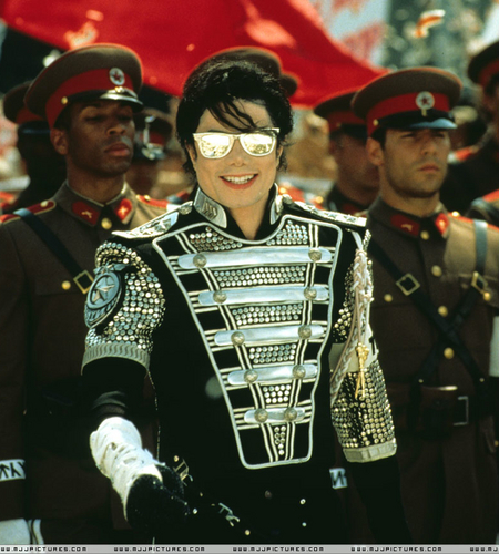 Michael Jackson (Every hari Create your HISTORY)