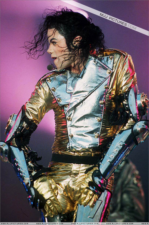 Michael Jackson (Every دن Create your HISTORY)