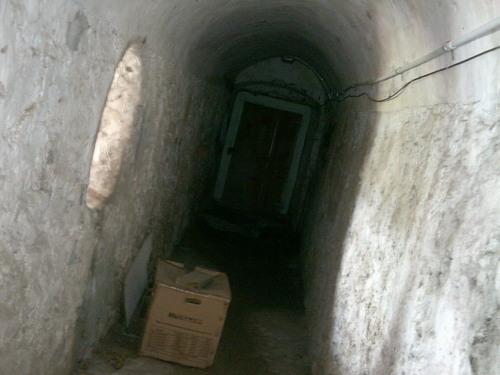 Mysterious door :3