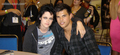 New/Old Photo of Kristen & Taylor from Comic Con 2009 - twilight-series photo