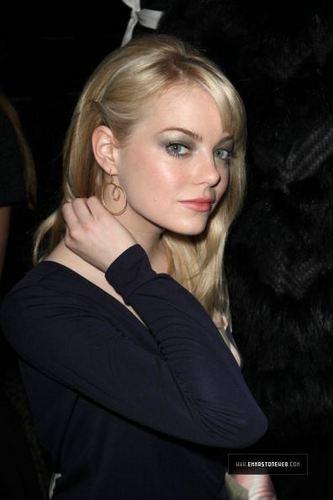 Paris Fashion Week Louis Vuitton mostrar (March 9th, 2011)
