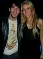 Shakira (157 cm) is with heels higher than Messi (169 cm)!