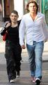 Shakira romance and Piqué, say Antonito De La Rua live a passionate romance with Cristiano Ronaldo.
