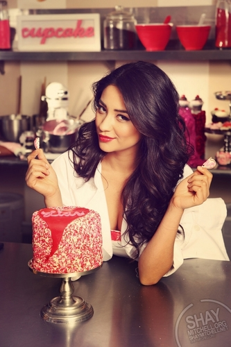 Shay Mitchell wallpaper probably containing a gumdrop, a frosted layer cake, and a strawberry daiquiri called Shay<3