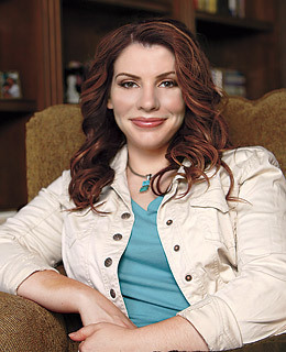 Stephenie Meyer Hintergrund possibly with an outerwear, a well dressed person, and a box mantel entitled Stephenie Meyer