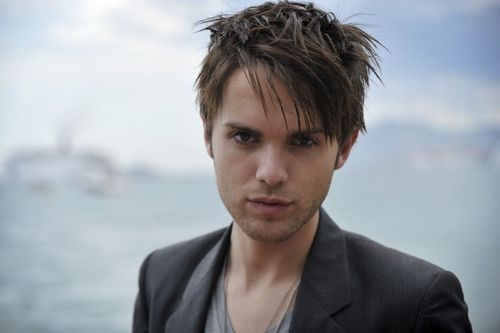 The Secret Circle (TV Show) wallpaper probably containing a business suit and a portrait titled Thomas Dekker as Adam
