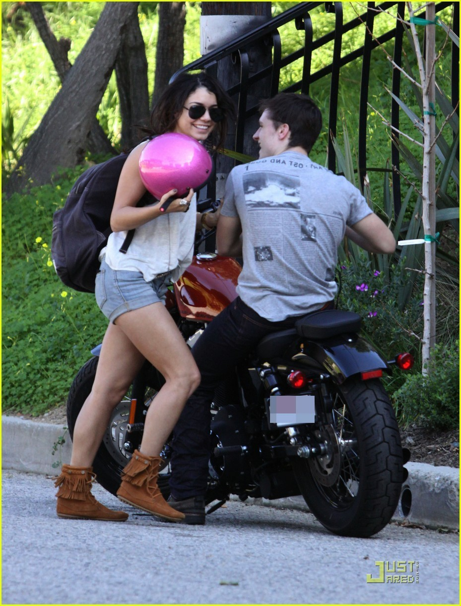 Vanessa & Josh out in Studio City