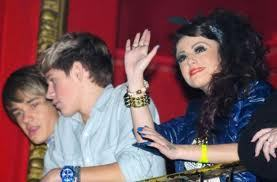 cher, niall and liam at the tinie tempah concert:)!!<33xxx