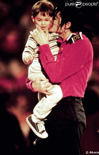 mj with sweet kids