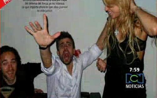 Shakira sexy birthday with pique messi...