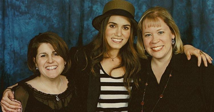 Amazing các bức ảnh người hâm mộ with Nikki Reed at TwiCon in Nashville