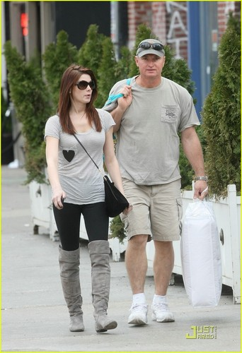 Ashley Greene: Soho Shopping with Dad Joe