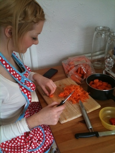 Hannah Chopping Carrots! (I 1der Who They Cud B 4 Lol) Bless Her! 100% Real :) x
