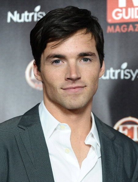 Ian Harding - Gallery Colection