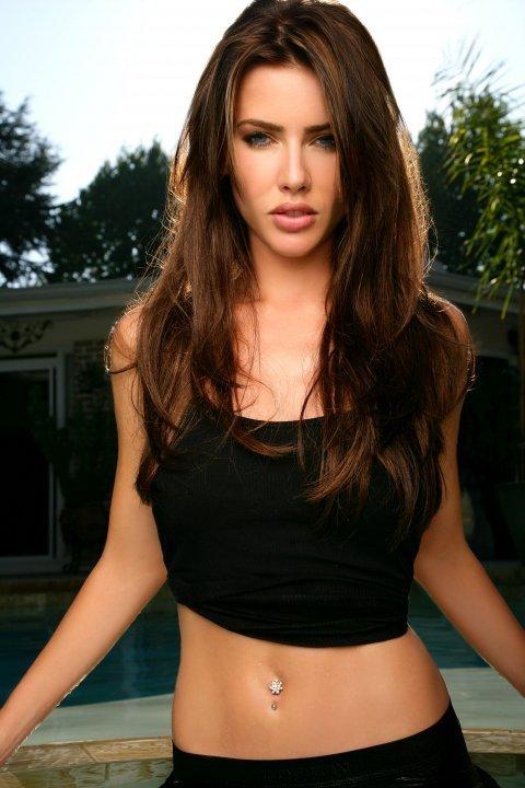 Jacqueline Macinnes Wood Hot