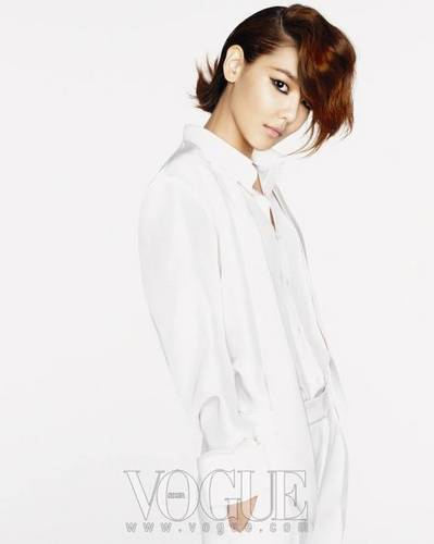 Sooyoung - Vogue Korea 2011