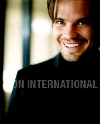 Timothy Olyphant پیپر وال containing a portrait entitled Timothy Olyphant