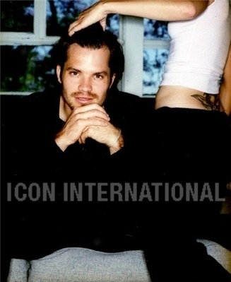 Timothy Olyphant پیپر وال possibly containing a portrait titled Timothy Olyphant