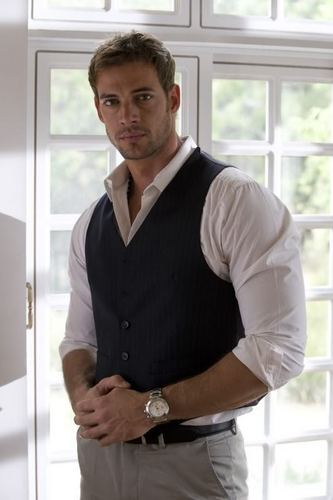 William Levy Gutierrez wallpaper probably containing a well dressed person entitled William Levy