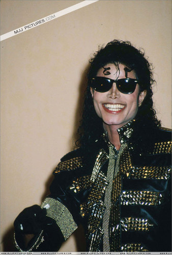 <3~ Nikki~MJ Soldier Of L.O.V.E~<3