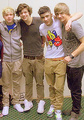1D = Heartthrobs (Minus Louis) Enternal Love 4 1D & I Get Toatlly Lost In Them Everyx 100% Real :) x