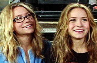 http://images4.fanpop.com/image/photos/20300000/2003-Access-Hollywood-ashley-and-mary-kate-olsen-20306062-320-209.jpg