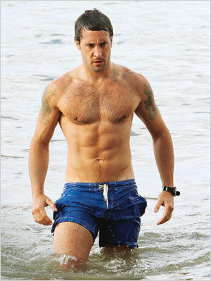 Alex O'Loughlin wallpaper containing swimming trunks and a hunk titled Alex Hot-Hot-Hot