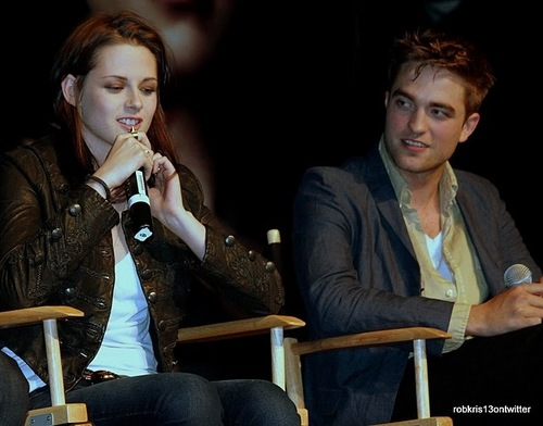 Amazing new photos of Kristen and Robert