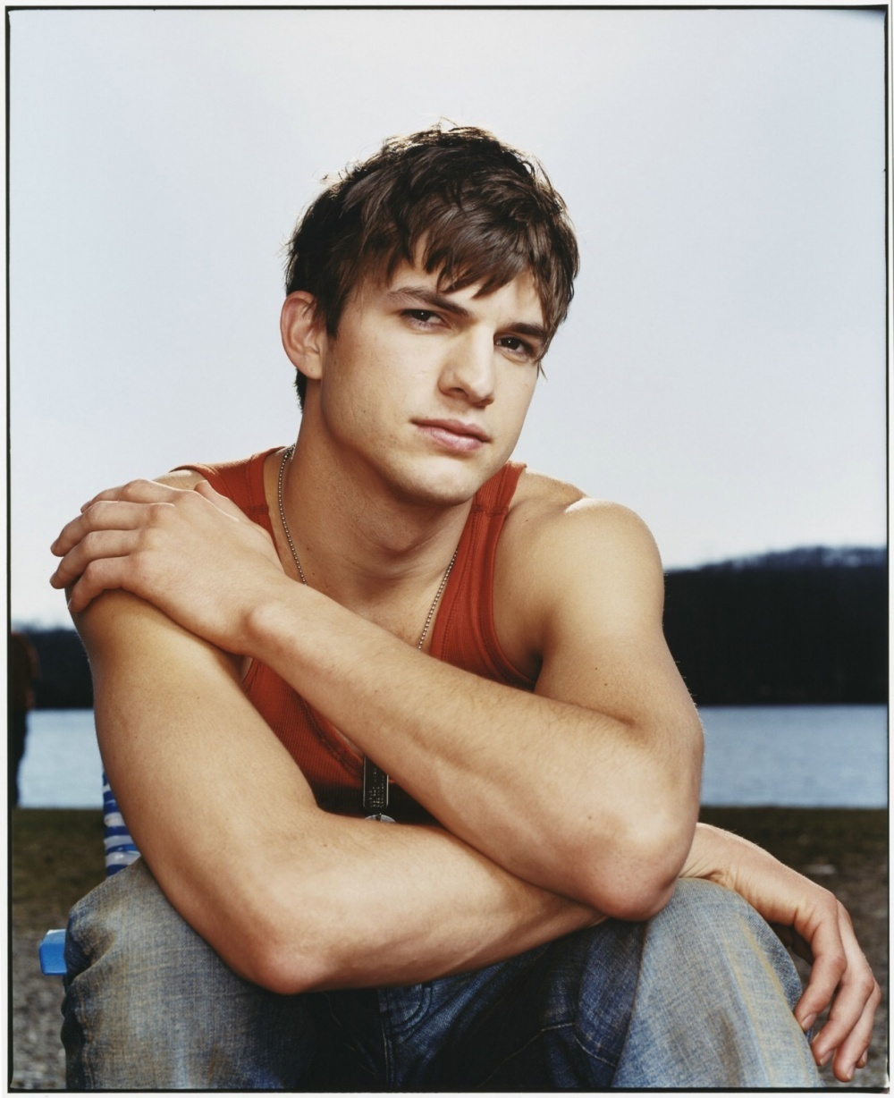 Ashton Kutcher Ashton Kutcher Photo 20348501 Fanpop