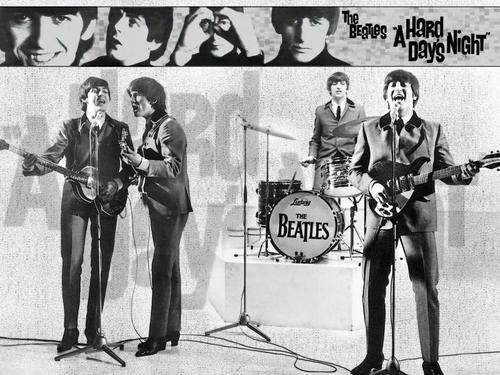 Beatles kertas dinding