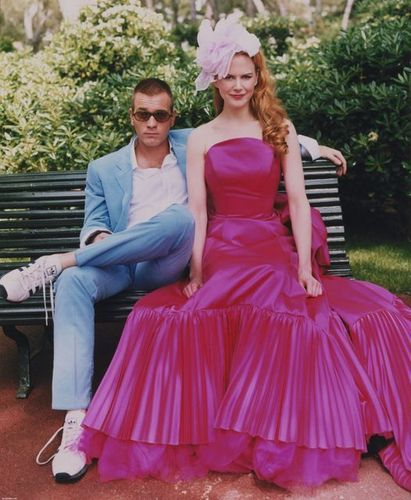 Ewan McGregor wallpaper with a gown, a jantar dress, and a balldress, namorada titled Ewan McGregor & Nicole Kidman
