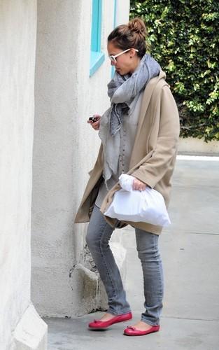 Jessica out in LA
