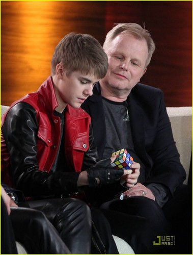 Justin Bieber Wigs Out on 'Wetten, Dass'