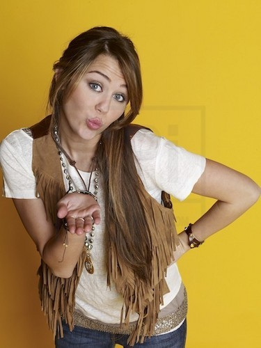 Miley`s lovely photoshoots!!