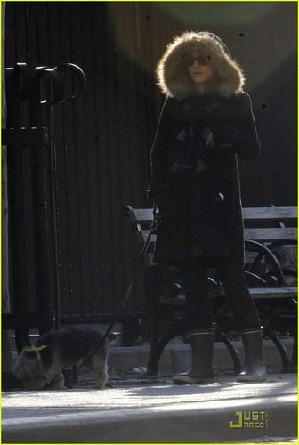 Natalie Portman Takes Whiz for a Walk